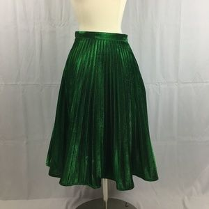 Green Metallic Pleated Skirt XS